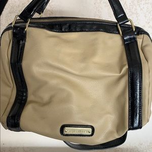 Steve Madden speedy bag